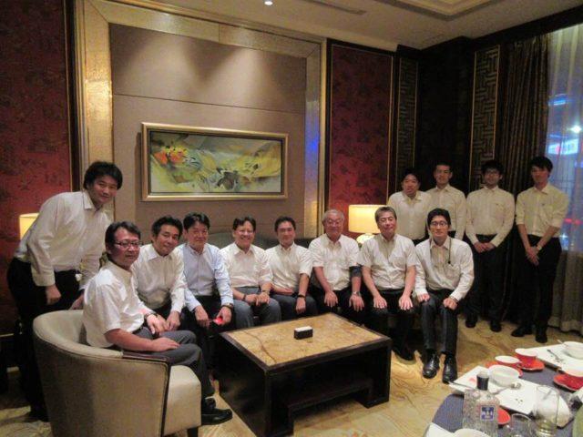 長春の夕食は、進出されている日本企業の方々と共に。