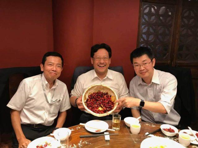 JETRO北京所長の堂之上所長と、NEDO北京代表の大川代表と共に北京にて