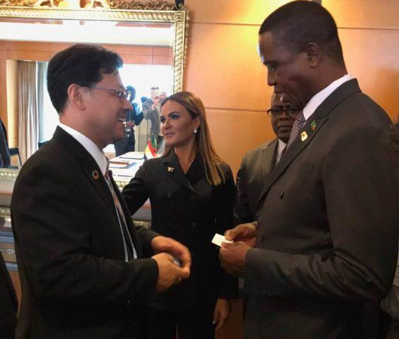 TICAD7・横浜(アフリカ開発会議)でザンビア共和国のエドガー・ルング大統領と。