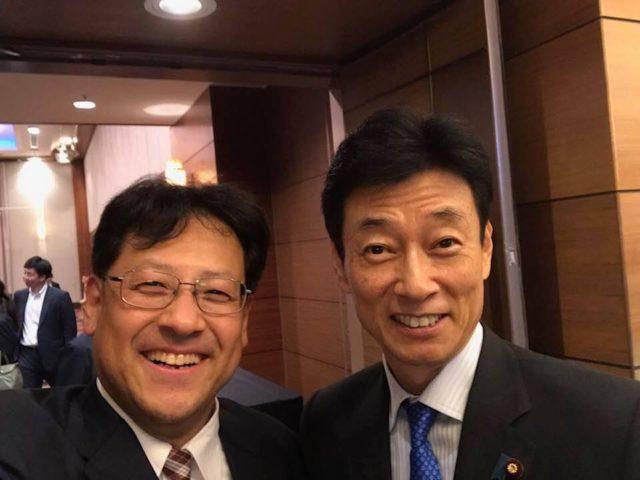 神戸で、西村康稔大臣によります定例年次の国政報告会に参加しました。