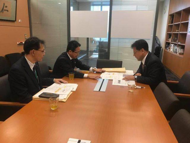 兵庫県の伊藤技監(国交省より兵庫県に出向、2年超)らと御打ち合わせしました。