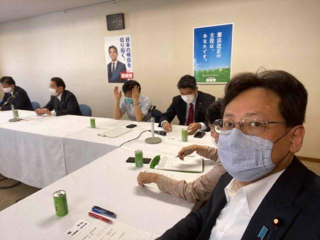 自民党本部で政調正副会長・部会長会議です。