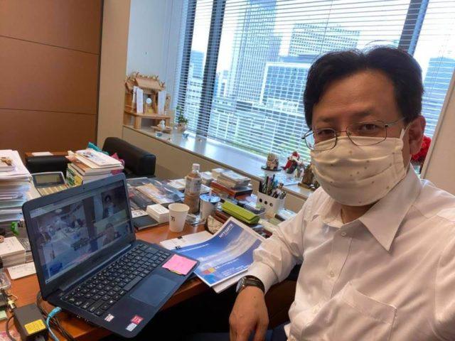 医療コンテナ車輌についてオンライン会議に参加しました。