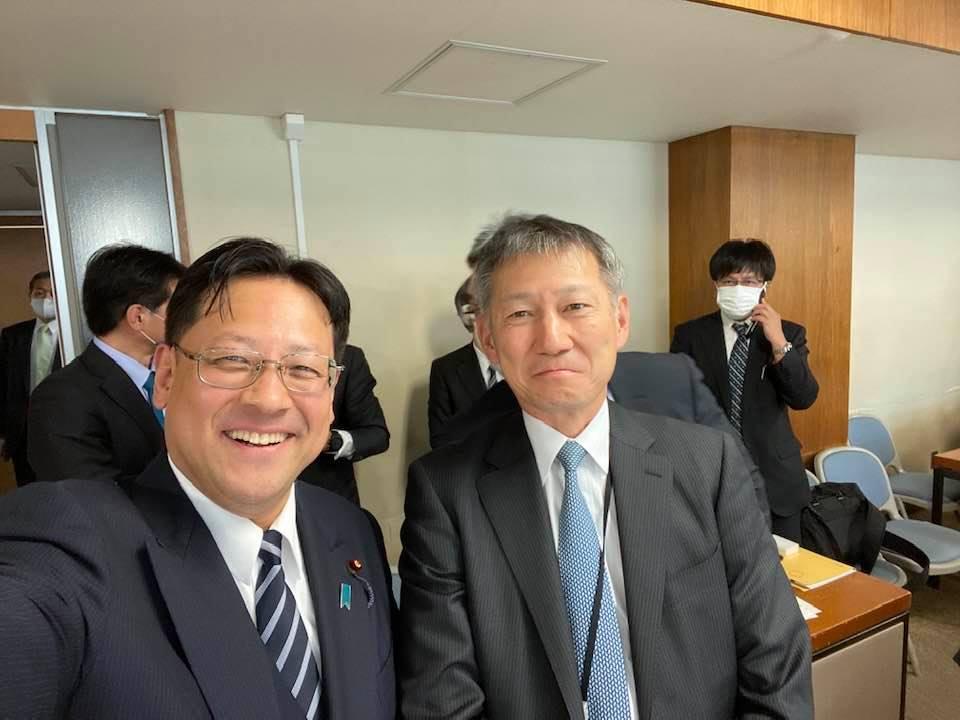 保坂伸 経済産業省・資源エネルギー庁長官と。