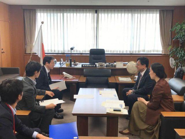 久元市長が市政の経済関連の方針を報告くださいました。