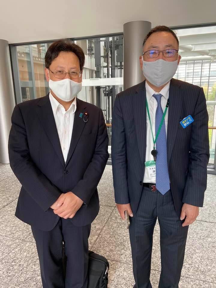 全石連・石油組合役員の方々との対策会議でした。
