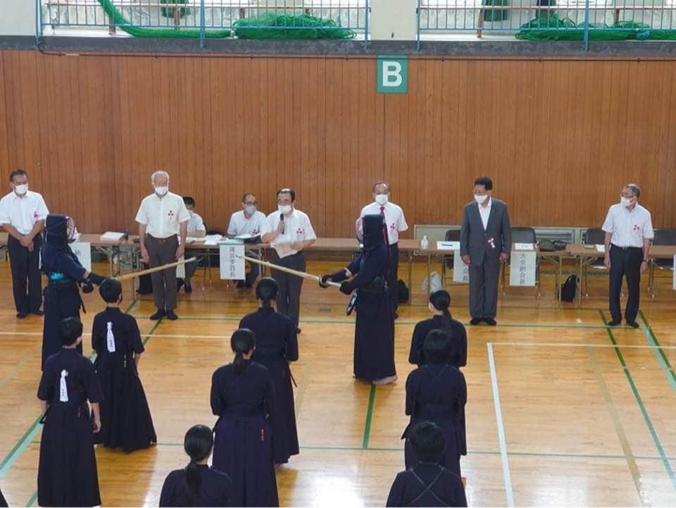 大好きな剣道大会を見に行きました。