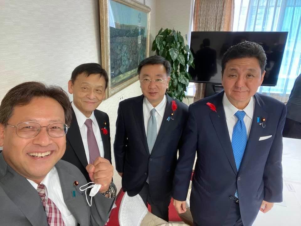 清和政策研究所の会合で☘