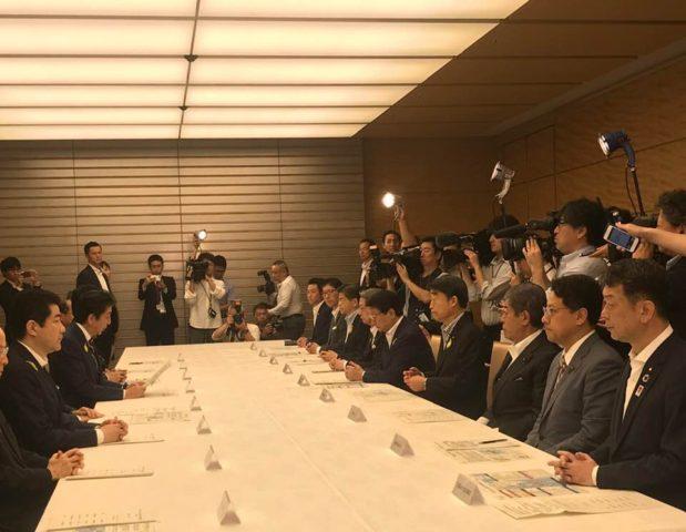 総理官邸での防災会議に出席しました。