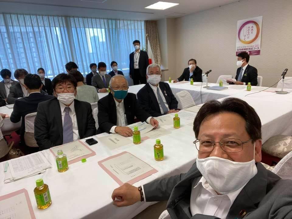 自民党の『物流倉庫振興推進議員連盟』が開かれました。